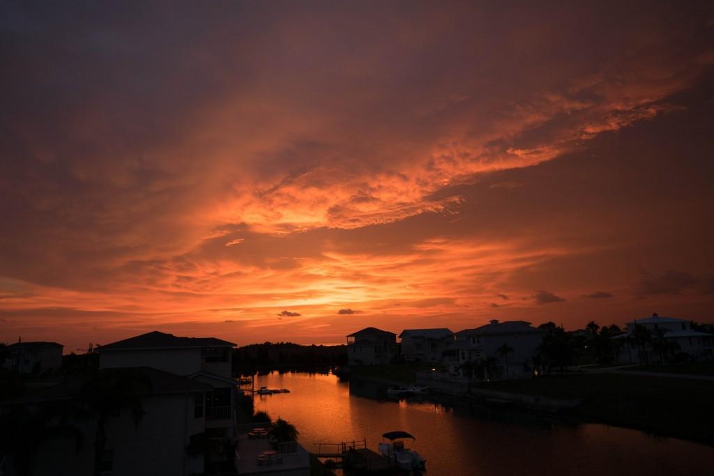 sunset-425948_1920