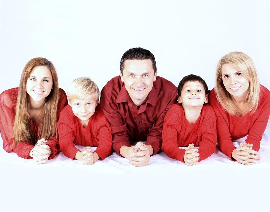 family-521551_960_720