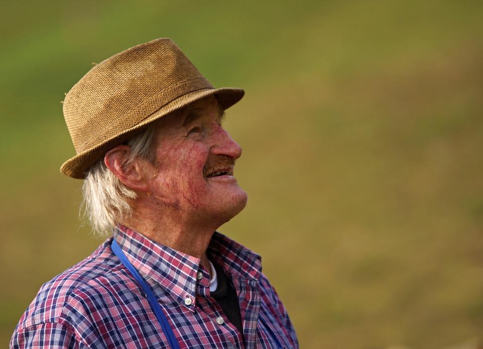 farmer-540658_960_720