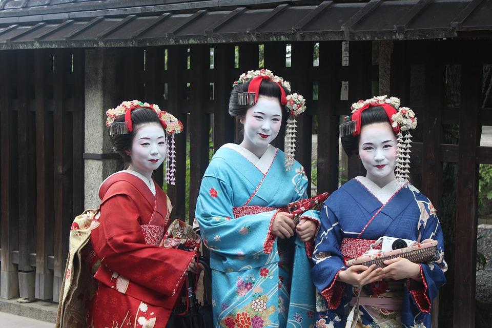 geisha-949978_960_720